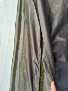 Eurohike Genus 800 - loose groundsheet. This is how it looks like where the groundsheet meets the flysheet